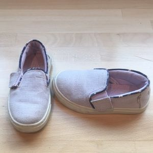TOMs toddler shoes.